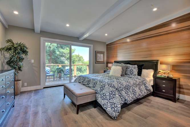 3804 Chatham Ct Redwood City-small-015-9-Master Bedroom-666x445-72dpi